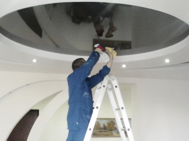 Как мыть натяжные потолки рисунок 688